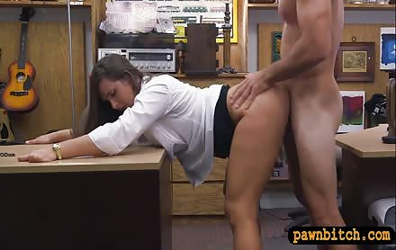 Big butt amateur brunette woman drilled at the pawnshop