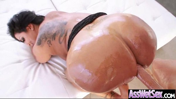 Anal Sex In Front Of Camera With Oiled Big Curvy Ass Girl (kiara mia) vid-14